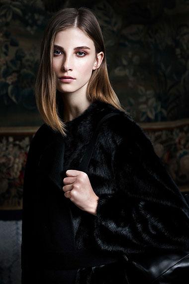 arzu-kuekuek_fashion_mytheresa-vorschau